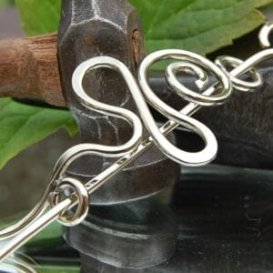 Alpaca silver standing stone pin