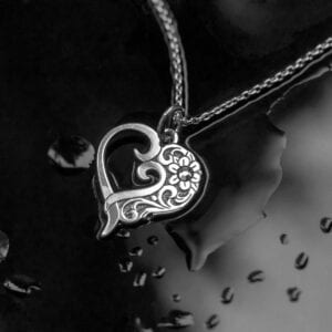 Filigree-Heart-necklace-for-women-in-sterling-silver-and-gift-box-from-Ireland