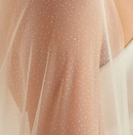 Chapel-Glitter-Tulle-Veil-Detail-2-5.jpg