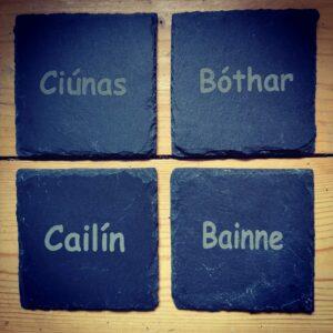 Irish Whiskey Stone Company Ciúnas, Bóthar, Cailín, Bainne Slate Coasters