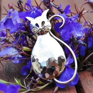 Lucky cat silver