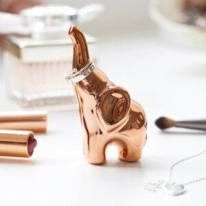 copper-elephant-ring-holder-o21a8415-900x900