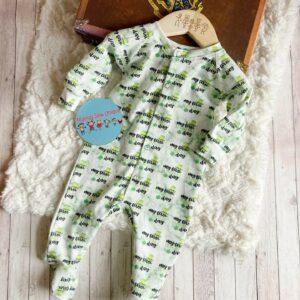 st patricks sleepsuit (1)