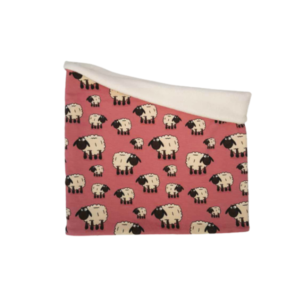 Pink-Sheep-Snood